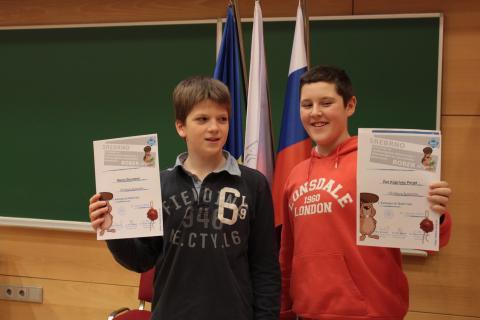 Dobitnika srebrnega priznanja iz najmlajše kategorije Bobrček