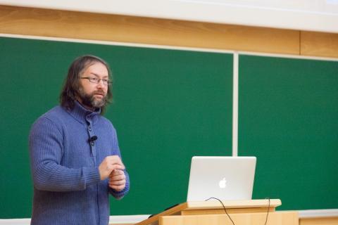 Predavanje za mentorje in spremljevalce, prof. dr. Matej Črepinšek UM FERI